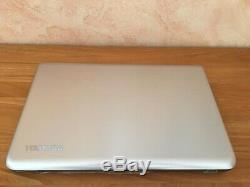 PC Portable Toshiba Satelitte P70-B-11P état neuf 16G Ram 2t SSD Intel Core I7